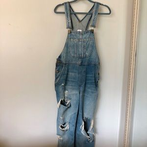 c21ede0be796 Urban Outfitters BDG Boyfriend Overalls